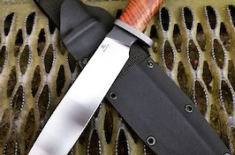 Large hunting knife for African game, made in CPM 3V, titanium guard and stabilised redwood handle